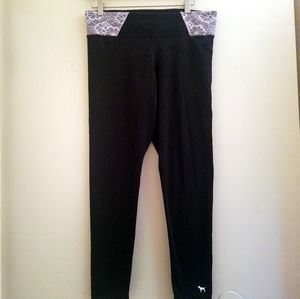 PINK Victoria's Secret Yoga Cropped Leggings